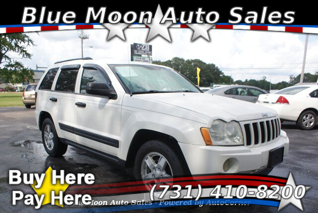 2006 Jeep Grand Cherokee Laredo 4WD 5-Speed Automatic